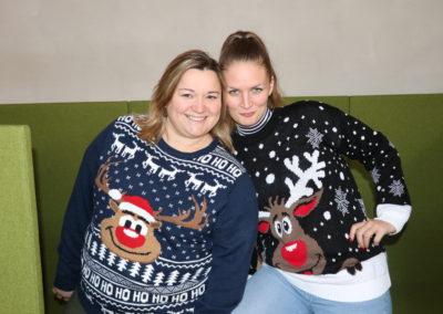 Collaboratrices déguisées pour Noël